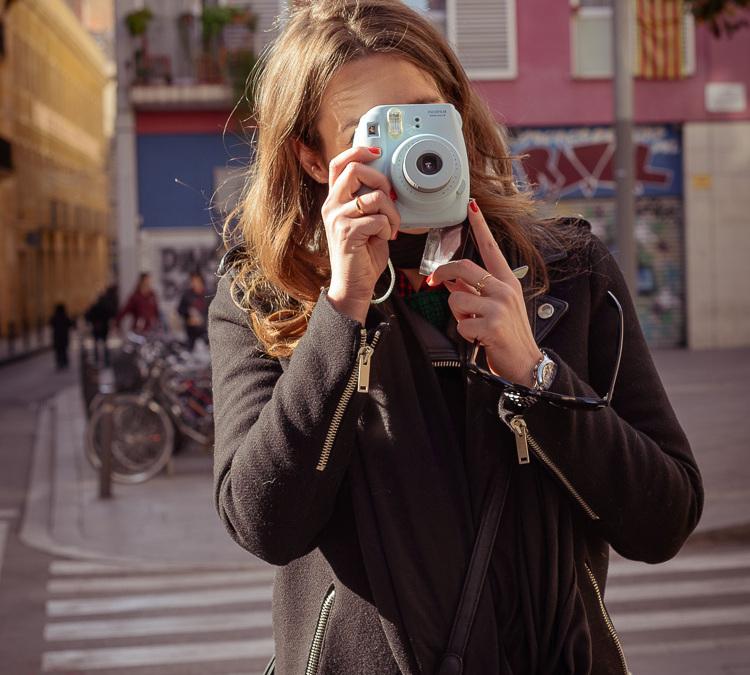 Ruta fotográfica por el Raval en el #InstaxDay