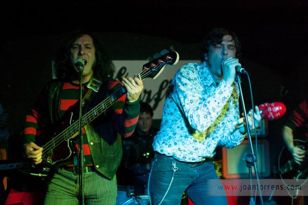 Los Remotos, Stage Surfing, Joan Torrens